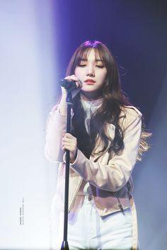 Kpop Girl Groups, Korean Girl Groups, Kpop Girls, My Baby Girl, Your Girl, Pristin Roa, Kim Min Kyung, Pledis Girlz, Concert Dresses