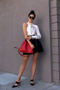 How To Style A Red Statement Bag 3 Ways http://www.thriftsandthreads.com/style-statement-bag-3-ways/?utm_campaign=coschedule&utm_source=pinterest&utm_medium=Thrifts%20and%20Threads&utm_content=How%20To%20Style%20A%20Red%20Statement%20Bag%203%20Ways
