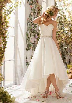 WEDDING-DRESS-HOUSE