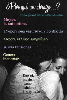 Abrazo Síguenos en @femocional