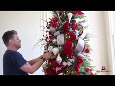 Want to trim a designer-style Christmas tree at home? This easy-to-follow tutorial will help you get your holiday show on the road. On the agenda: ribbon and...