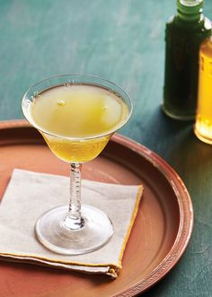 Tarragon Fix From ABV - Imbibe Magazine New York Sour, Cocktails To Try, Mezcal Cocktails, Pineapple Syrup, Cocktail Names, Best Cocktail Recipes, Honey Syrup, Fresh Lime Juice, Simple Syrup