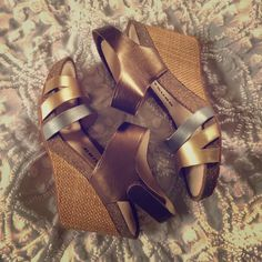 "Trifecta of metallic goodness Tsubo wedges with a woven heel, gold, silver and brass leather straps & Velcro ankle strap. Amazingly comfortable. ""Nilanti bronze"" is the style name. Tsubo Shoes Wedges"
