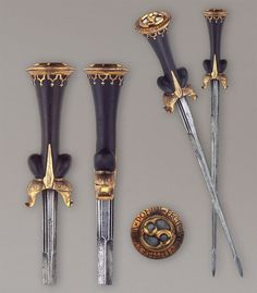 """Tod Rothenburg - """"Ballock dagger"""" con decoración gótica (reproducción)."""