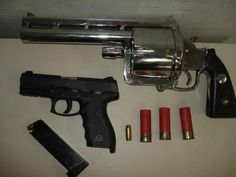 """A Brazilian drug dealer was captured earlier this month along with his gigantic homemade 11 lbs revolver. The revolver chambers five 2.75"""" 12 gauge cartridges. Absolutely ridiculous."""