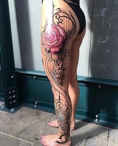 Side tattoos women, great tattoos, flower tattoos, vine tattoos, full l Side Leg Tattoo, Front Thigh Tattoos, Full Leg Tattoos, Leg Sleeve Tattoo, Full Sleeve Tattoos, Lace Tattoo, Sexy Tattoos, Cute Tattoos, Body Art Tattoos