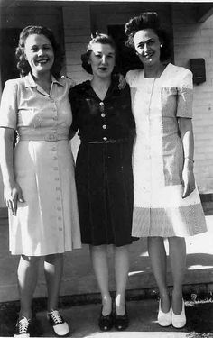 1940's button front day dresses -  simple and chic    -Chronically Vintage