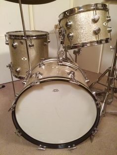 Ludwig Drums, Vintage Drums, How To Play Drums, Drum Kits, Drummers, Music Stuff, Guitars, Music Instruments, Sparkle