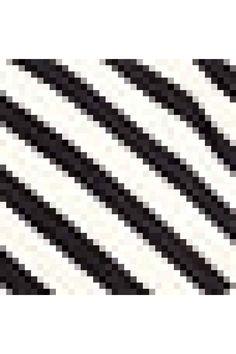 Costum de baie modelator: Costum de baie cu dublură pe întreaga suprafaţă, cu efect modelator în zona abdominală, în spate şi în partea de jos. Bretele reglabile, secţiune petrecută în partea de sus, cupe uşor căptuşite, balene şi încreţituri decorative în lateral.
