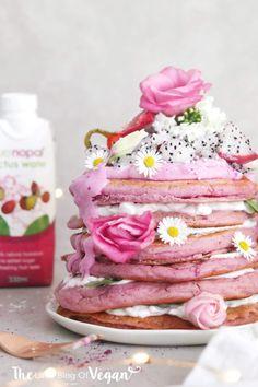 Summer Vibes 101 Ideas For Your Summer Pink Parties Pink Pancake Recipe, Vegan Pancake Recipes, Fruit Recipes, Healthy Recipes, Sweet Recipes, Snack Recipes, Dessert Recipes, Pancake Cake, Pancake Stack