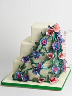Custom Wedding Cakes and Specialty Cakes in New York by Sugar Couture : Sugar Couture Specialty Cakes - a wedding cake inspired by a magnificent iron art piece I stumbled on in Barcelona