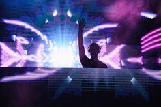 The World's Highest Paid DJ's 2014  1. Calvin Harris ($66 million) 2. David Guetta ($30 million) 3. Avicii ($28 million) 4. Tiesto ($28 million) 5. Steve Aoki ($23 million) 6. Afrojack ($22 million) 7. Zedd ($21 million) 8. Kaskade ($17 million) 9. Skrillex ($16.5 million) 10. Deadmau5 ($16 million).   VIDEO » http://onforb.es/1tdtKII