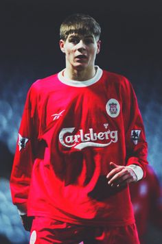 a very young Steven Gerrard Liverpool Fc, Steven Gerrard Liverpool, Liverpool Legends, Liverpool Football Club, Liverpool Players, Best Football Team, World Football, Football Shirts, Retro Football