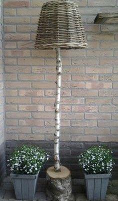 14 cool DIY ideas for the garden! 14 cool DIY ideas for the garden! Garden Crafts, Garden Projects, Garden Art, Garden Design, String Lights Outdoor, Outdoor Lighting, Outdoor Decor, Balcony Furniture, Garden Furniture