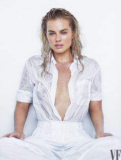 Margot Robbie a little bit wet for Vanity Fair♥
