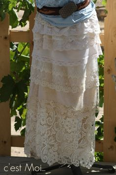 Cowgirl // Country Western // Edwardian // Victorian // Mori Mori // Wedding Skirt in Layers of Lace used/new/vintage - Shipping incl.