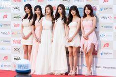 APink HaYoung, EunJi, BoMi, NaEun, ChoRong and NamJoo Bridesmaid Dresses, Prom Dresses, Formal Dresses, Wedding Dresses, Kpop Girl Groups, Kpop Girls, Pink Panda, Cube Entertainment, Red Carpet