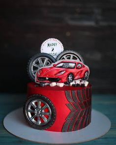 720 Likes, 24 Kommentare - Tor . Birthday Cakes For Men, Car Cakes For Men, Race Car Cakes, Cakes For Boys, Male Birthday, Bmw Cake, Ferrari Cake, Cupcake Cakes, Fondant Cakes