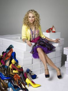 """carrie bradshaw costume   The Carrie Diaries Costume Designer Eric Daman: """"Pre-creating Carrie ..."""