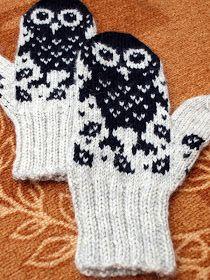 Owl Knitting Pattern, Diy Crochet And Knitting, Crochet Mittens, Mittens Pattern, Knitting Charts, Knitted Gloves, Knitting Stitches, Knitting Socks, Fair Isle Knitting