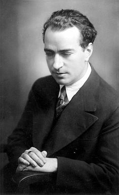 Joaquín Rodrigo: 1901 - A Spanish composer who was blind from the age of three - known almost exclusively for his compositions for guitar. Music Sing, New Music, Classical Music Composers, Classical Guitar, Johann Wolfgang Von Goethe, People Of Interest, Types Of Music, Conductors, Jazz