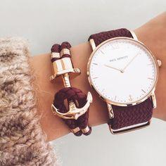 Armband und Uhr Kombination im warmen Burgundy.