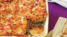 This healthy lasagna recipe features ground turkey instead of beef, reduced-fat cheese and vitamin-packed spinach. Using store-bought marinara sauce Meaty Lasagna, Turkey Lasagna, Veggie Lasagna, Spinach Lasagna, Turkey Soup, Healthy Lasagna Recipes, Best Lasagna Recipe, Salad Recipes, Healthy Dinners