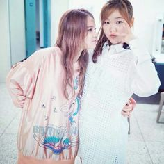 Lee Hi with Lee Soo-hyun (AKMU)