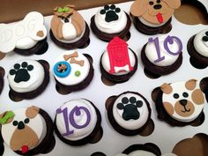 Puppy Party! cupcakes by dusty