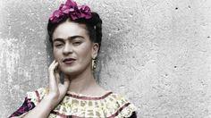 Las mejores fotos de Frida Kahlo en una muestra en pleno Palermo