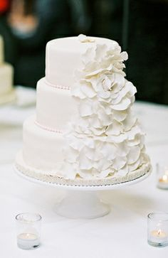 cake, candles, dessert, fondant, multi-tier, round, real, classic, traditional, modern, buttercream, ruffles, pearl, flowers, cake topper, cake stand, embellishments, glamorous , bolo, cakes, decorations, food, lovely, reception, sweets, table, white, wedding, wedd, Savannah , Georgia