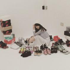 「週間プレイボーイにて私のスニーカーコレクションを披露させていただきました。 私のお気に入りちゃんたち❤️ #WPB #sneaker」