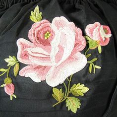 Antique Handbag, French Japanese style Bakelite frame evening bag with chain stitch shaded embroidery of large tubor roses and foliage on faille silk. Chain Stitch Embroidery, Tambour Embroidery, Border Embroidery, Embroidery Motifs, Flower Embroidery Designs, Beauvais, Heirloom Sewing, Beaded Jewelry Patterns, Textiles