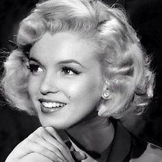 Old Hollywood Glamour, Hollywood Actor, Hollywood Actresses, Divas, Audrey Hepburn Photos, Deborah Kerr, Marilyn Monroe Photos, Norma Jeane, Angelina Jolie