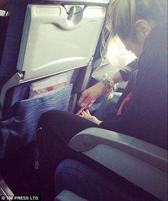 Bilderesultat for airline passenger shaming