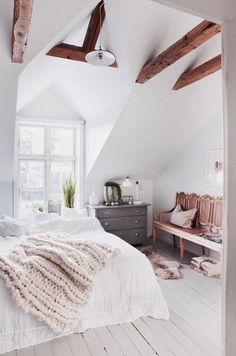 Serene bedroom with