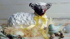 Velikonočního beránka můžete upéct z různých druhů těsta. Možná přemýšlíte, jakého letos upečete. Cake, Desserts, Food, Tailgate Desserts, Deserts, Kuchen, Essen, Postres, Meals