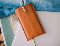 Case and Wallet iPhone Companion by band&roll Specs:Ships :...