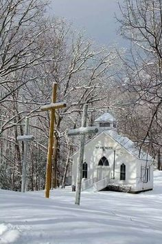 white country churchYou can find Old country churches and more on our website. Old Country Churches, Old Churches, Country Roads, Beautiful Places, Beautiful Pictures, Peaceful Places, My Father's House, Church Pictures, Snow Pictures