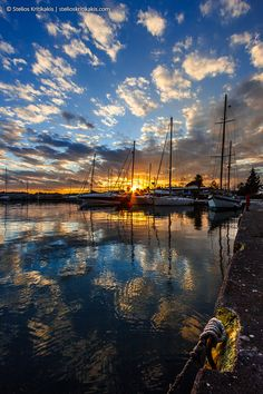 Marina Sunset by Stelios Kritikakis, Kalamata, Greece * Beautiful Places To Visit, Beautiful World, Great Places, Places To See, Amazing Places, Voyager C'est Vivre, Beautiful Sunrise, Island Beach, Greece Travel
