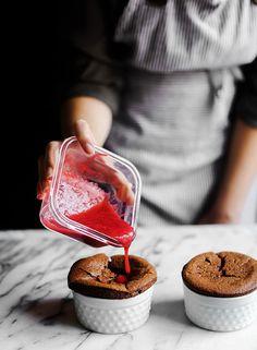 Chocolate Souffles shared by Lena hearting on We Heart It #food #sweet #soufflés #Food!! #Chocolate♥ #D.e.s.s.e.r.t #chocolate #○●Food&Drinks○● #dessert #food #followback #food #cake