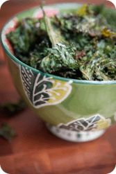 We love Oven-Roasted Kale Chips! Kids love them too! They are so easy to make. Try it this week. #thewholejourney #twj