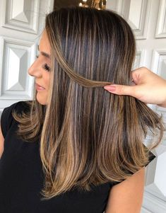 Hair Color Highlights Blonde Highlights for Medium Length Hair Brunette Hair Color With Highlights, Brown Hair Balayage, Brown Blonde Hair, Light Brown Hair, Highlights For Brunettes, Medium Brown Hair With Highlights, Light Brunette Hair, Long Hair Highlights, Copper Balayage