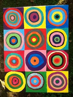 Circles - great way to show colour combinations! Acrylic paint on a canvas board. Collaborative Art Projects For Kids, Classroom Art Projects, Easy Art Projects, Artists For Kids, Art For Kids, Kandinsky, Graffiti Murals, Art Programs, Colorful Paintings