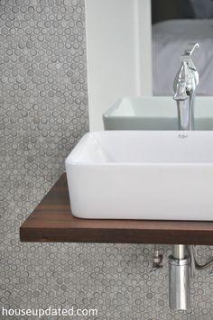 Kraus vessel sink faucet floating shelf