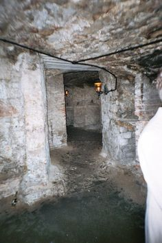 Ghost hunting in Edinburgh Vaults - Lynn, Liverpool