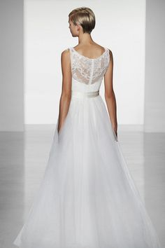 This would be a lovely summer wedding gown