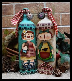 16 Awesome Ideas for DIY Christmas Decorations Art and Craft Wine Bottle Art, Diy Bottle, Wine Bottle Crafts, Mason Jar Crafts, Beer Crafts, Christmas Crafts For Adults, Decoupage Glass, Recycled Glass Bottles, Country Paintings