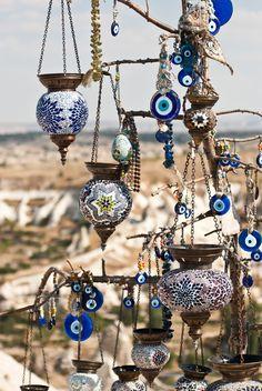 Apple Wallpaper, Cute Wallpaper Backgrounds, Turkey Vacation, Evil Eye Art, Greek Decor, Greek Blue, Dinner Party Decorations, Greek Evil Eye, Greek Culture