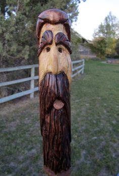 Hand Carved Walking Sticks, Wooden Walking Sticks, Walking Sticks And Canes, Walking Staff, Juniper Wood, Tiki Statues, Dremel Wood Carving, Tree Carving, Woodland Creatures